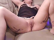 Sizzling milf sits on my face and squirts while getting viberated by amateur viberator