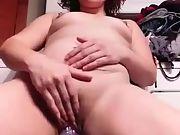 Kinky bbc whore milf masturbates