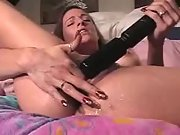 Sloppy tramp spunking with her big powerful vibro